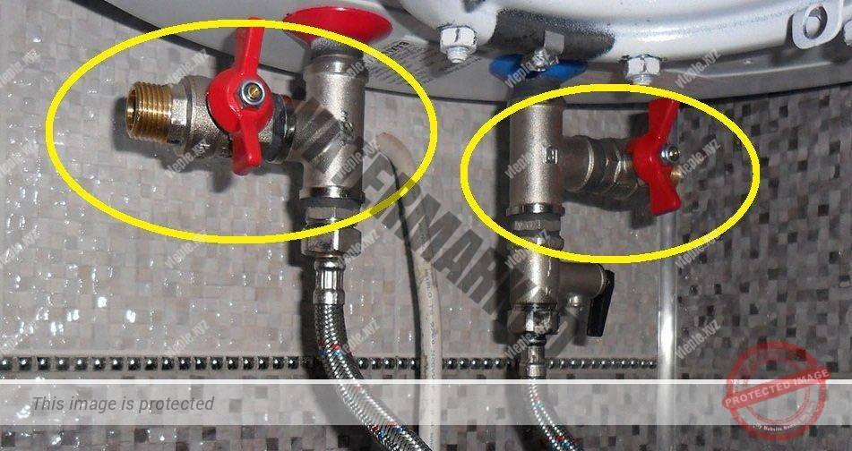 Как слить воду с бойлера правильно - через тройники
