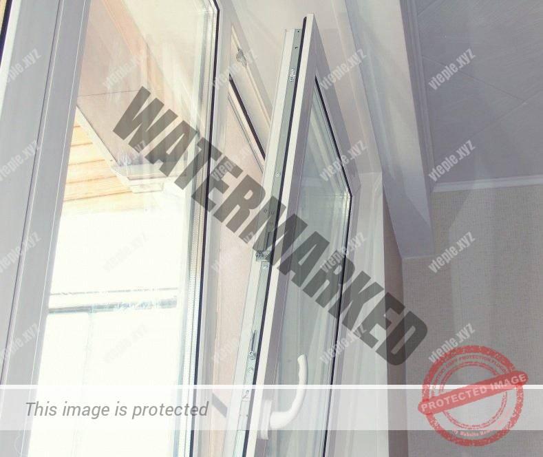 Металлопластиковое окно на обычном проветривании